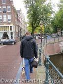 Spaziergang entlang der Grachten in Amsterdam.
